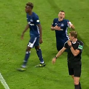 Papadopoulos dive doesn't fool VAR | 2017-18 Bundesliga Highlights - YouTube