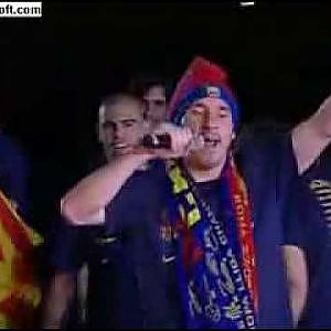 Lionel Messi borracho en la Celebracion del Triplete - YouTube