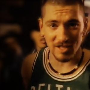 House of Pain - Jump Around (Official Music Video) - YouTube