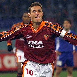 Why Francesco Totti Is One Of The Greatest Player Ever ||HD|| - YouTube