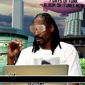 Snoop Dogg impersonates today's rappers sound-alike flow - YouTube
